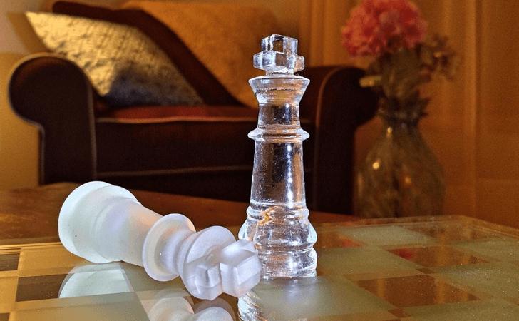 m_chess-603624_1920