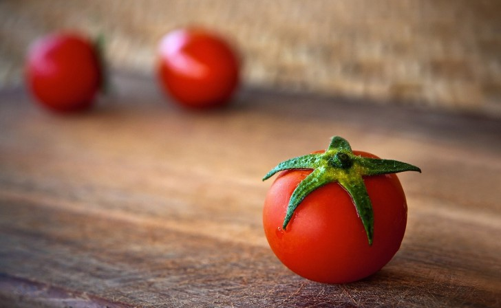 tomato-1205699_1920 (1)