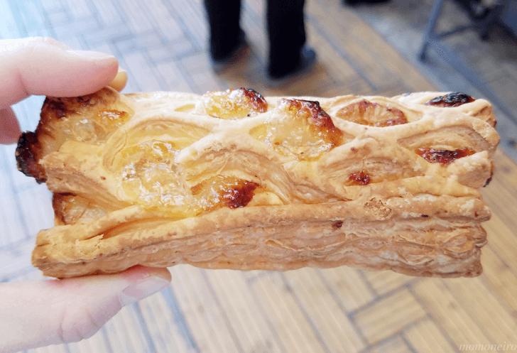 花月堂 濃厚レアチーズパイ