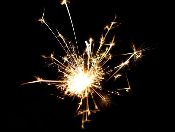 sparkler-532838_128