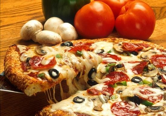 pizza-386717_1280-min