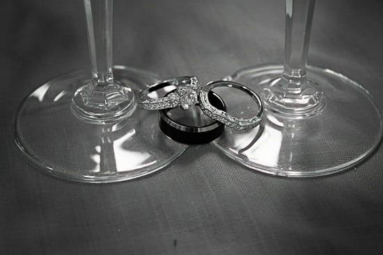 rings-481143_1280-min
