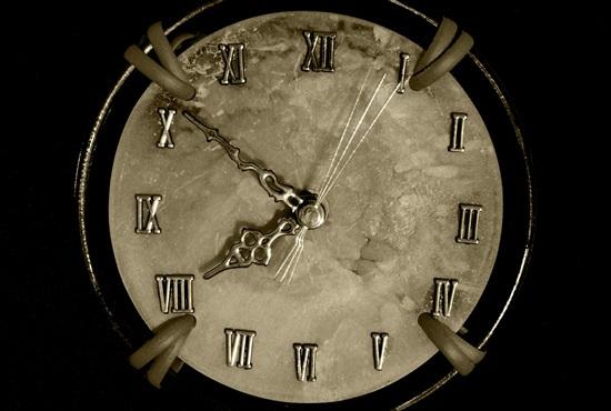 watch-279813_1280